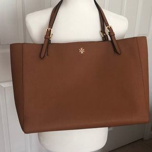 Tory Burch Tote with dust bag